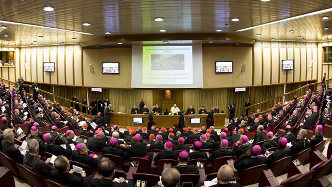 Sínodo entra em fase final com ambiente tenso em Roma