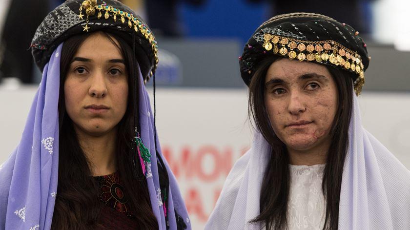 """Ex-escravas yazidi. """"Prometam-nos que não voltam a permitir que isto aconteça"""""""