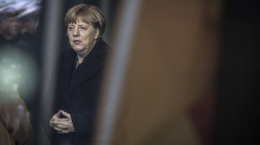 """Merkel responde a Trump: """"Destino da Europa está nas mãos dos europeus"""""""