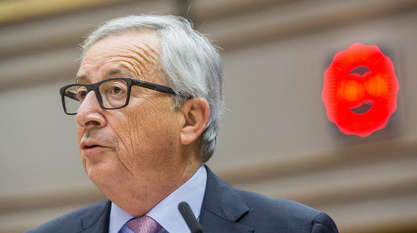 UE debate futuro em momento de viragem