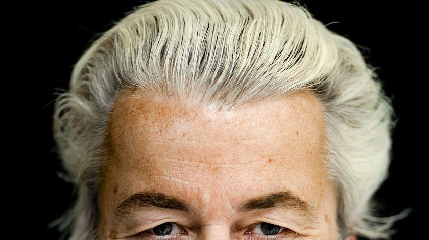 """Geert Wilders. O anti-islão que quer """"tornar a Holanda independente outra vez"""""""