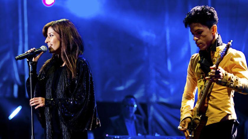 O dia em que Prince tocou fado com Ana Moura