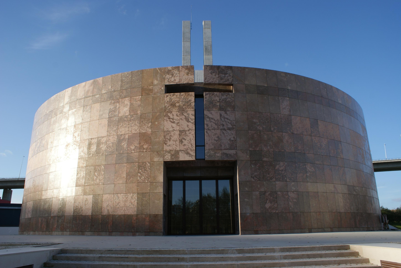"""Parque das Nações ganha """"igreja do século XXI"""""""