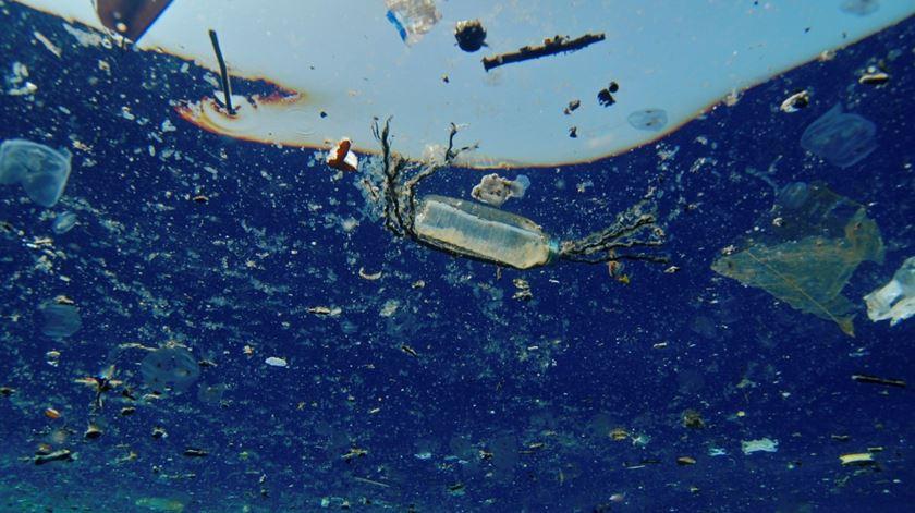 G20 cria estrutura para sensibilizar sobre o plástico nos oceanos
