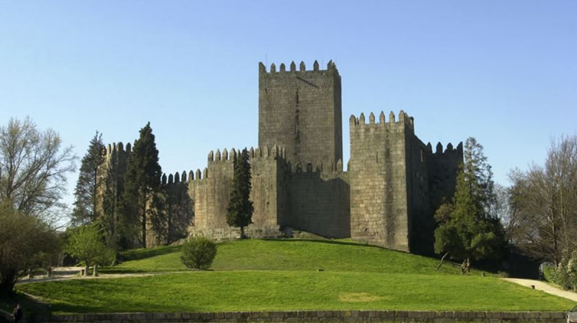 876 ou 840 anos, afinal que idade tem Portugal?