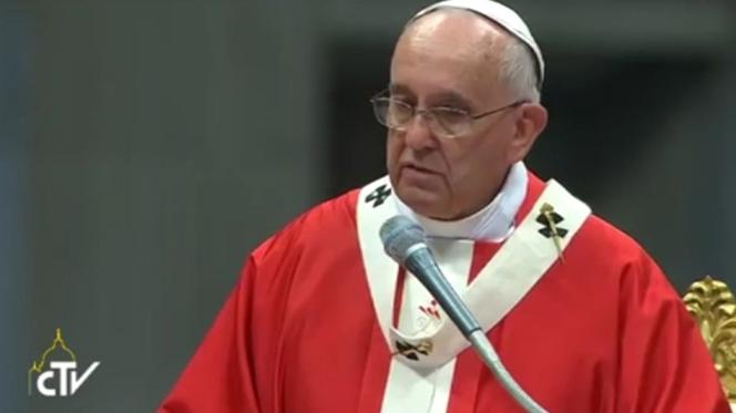 """Papa pergunta a bispos: """"De que é que temos medo?"""""""