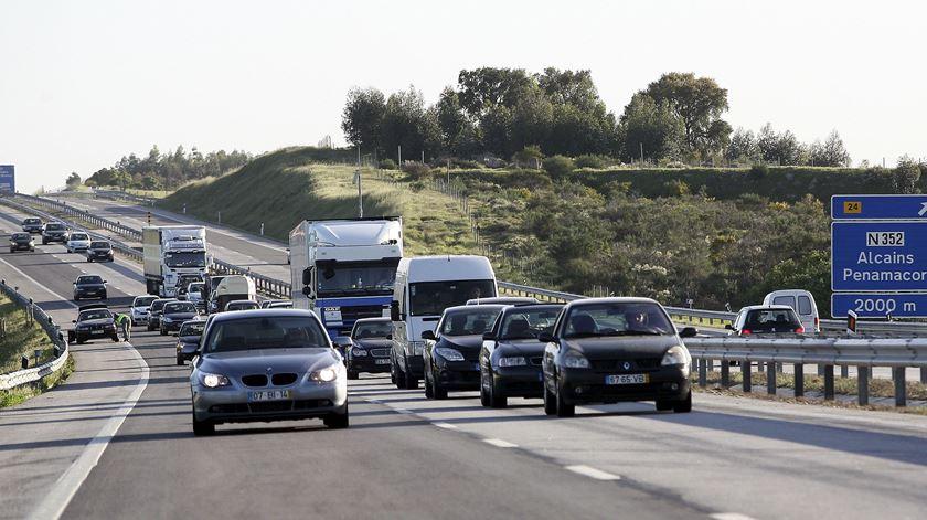 A Caminho de Fátima - Condutores devem levar kit de emergência - 10/05/2017