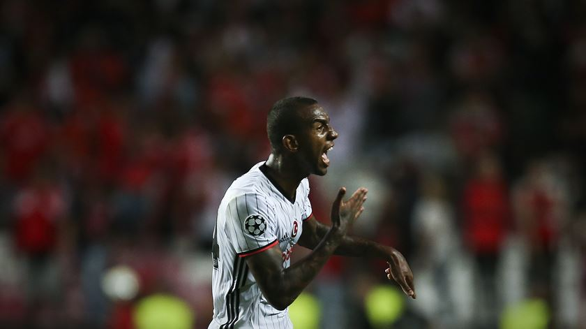 Anderson Talisca está emprestado pelo Benfica ao Besiktas Foto: Mário Cruz/Lusa