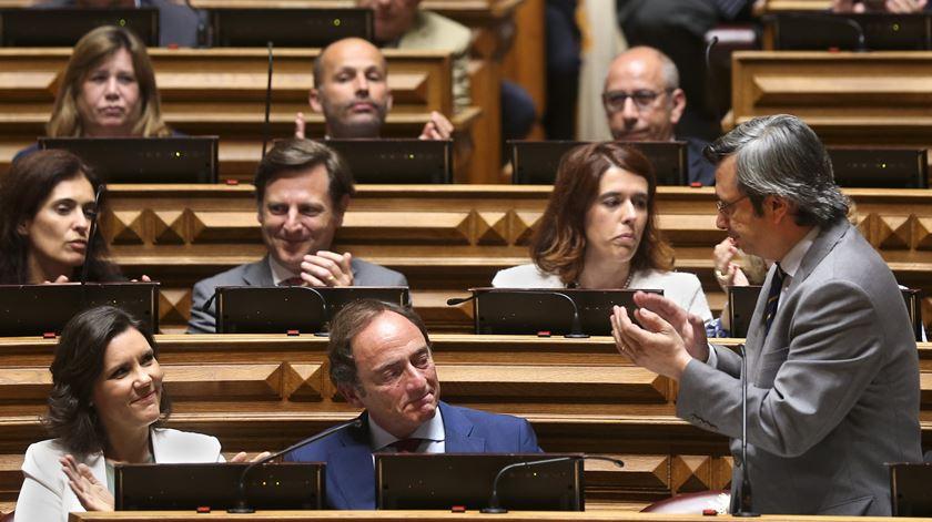Portas despede-se do Parlamento com uma lágrima no canto do olho