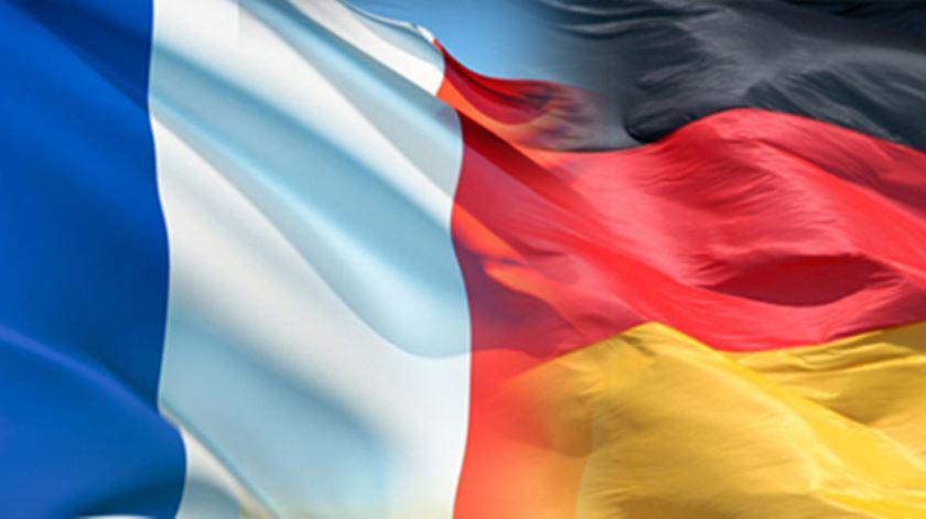 Paris e Berlim aplaudem Juncker