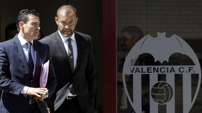 """Valência procura """"forma jurídica"""" para levar Rodrigo e André Gomes"""