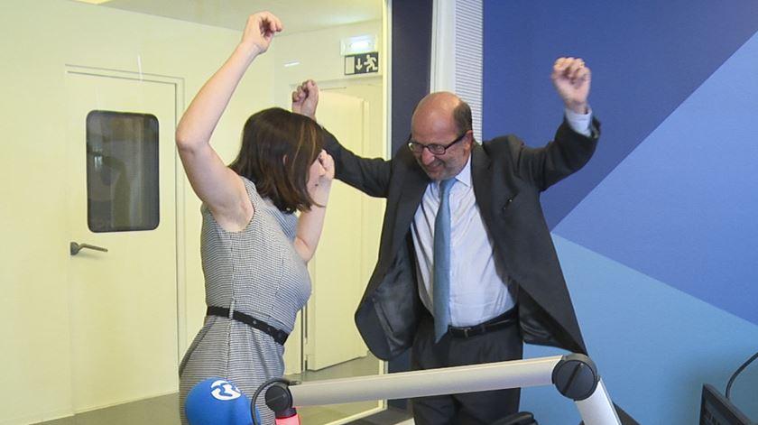 Ministro do Ambiente dança com Carla Rocha
