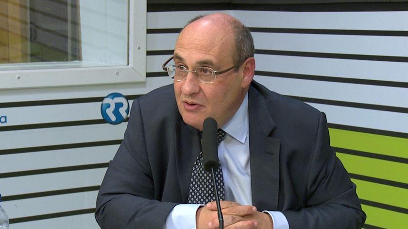 """António Vitorino. """"A situação política na Alemanha é muito preocupante"""""""