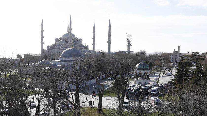 Resultado de imagem para Viagens de 30 autarcas a Istambul investigadas. Presidente da Câmara de Penamacor acusado