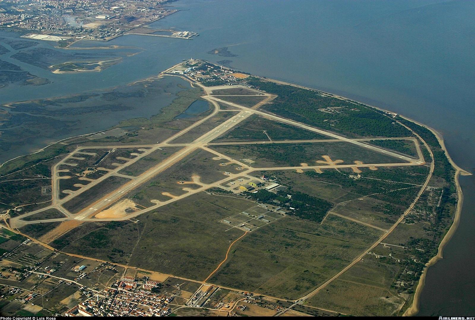 Aeroporto Do : Notícias ao minuto aeroporto do porto eleito o segundo melhor da