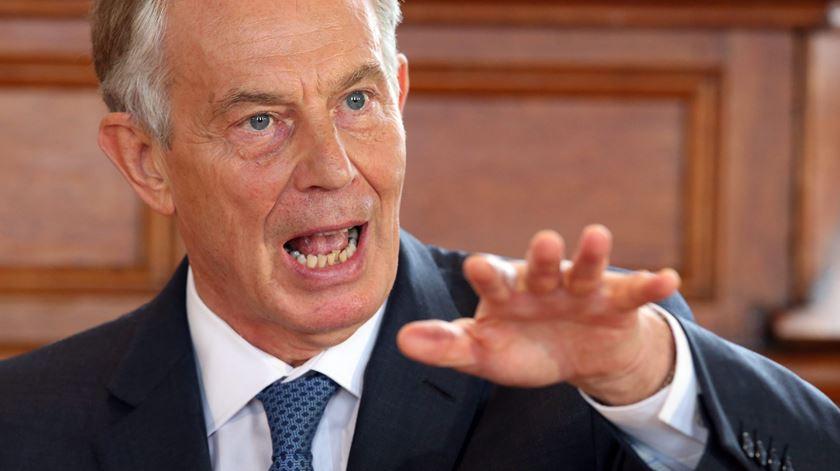 Brexit. Tony Blair diz que segundo referendo é o mais provável