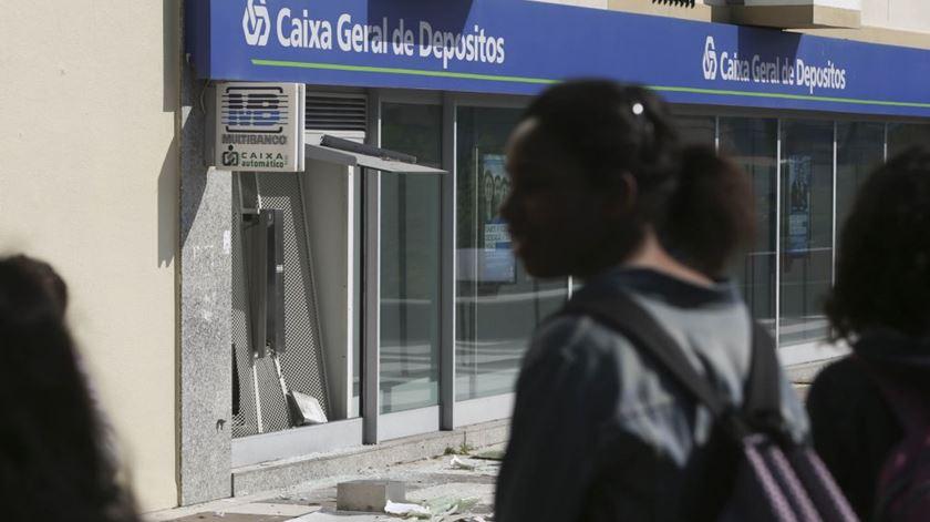 """Inquérito à CGD. Relatório diz que banco """"não foi gerido de forma prudente"""" e não poupa Banco de Portugal"""