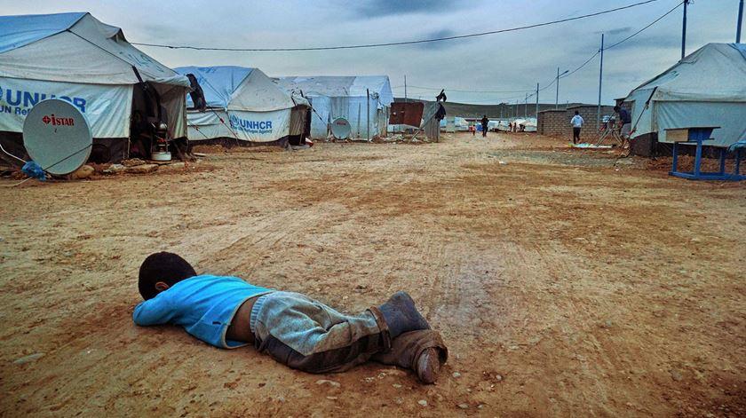 Campo de refugiados Kawergosk pela lente de uma criança. Foto: Amaha Husien
