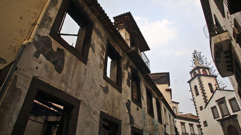 Incêndios. Banco de Bens Doados vai ajudar a rechear casas na Madeira