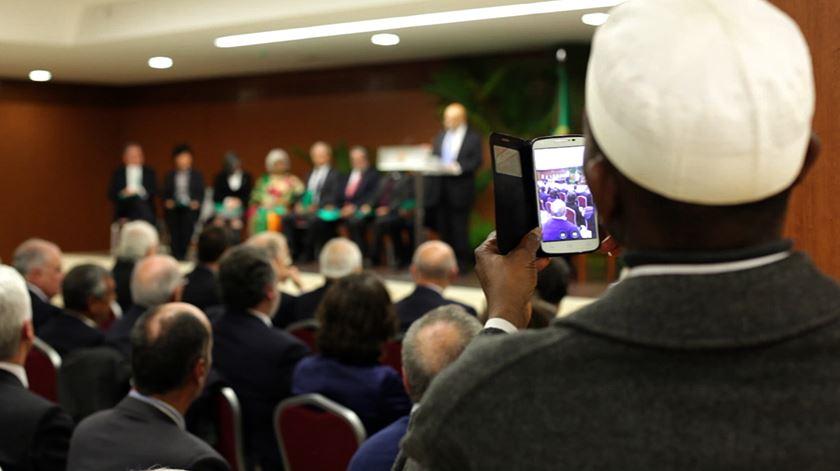 Encontro histórico na Mesquita de Lisboa marca início de mandato de Marcelo