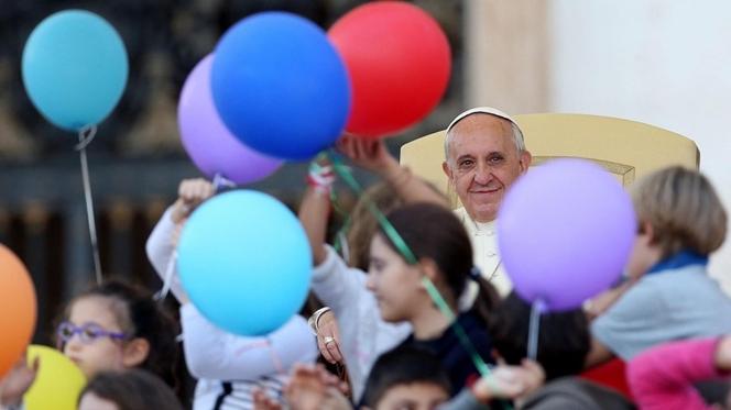 """""""As crianças nunca são um erro"""", diz o Papa"""