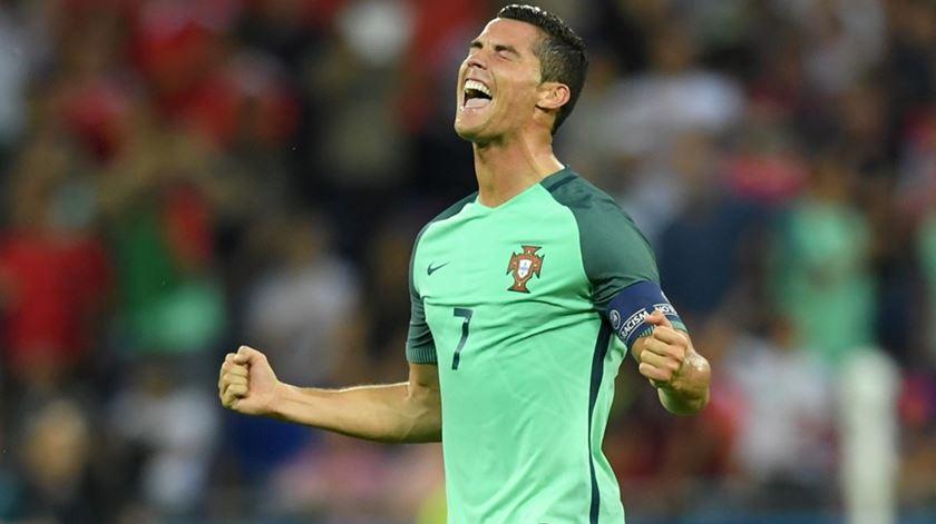 """Mourinho: """"Ronaldo foi mais um avançado-centro do que um jogador de corredor"""""""
