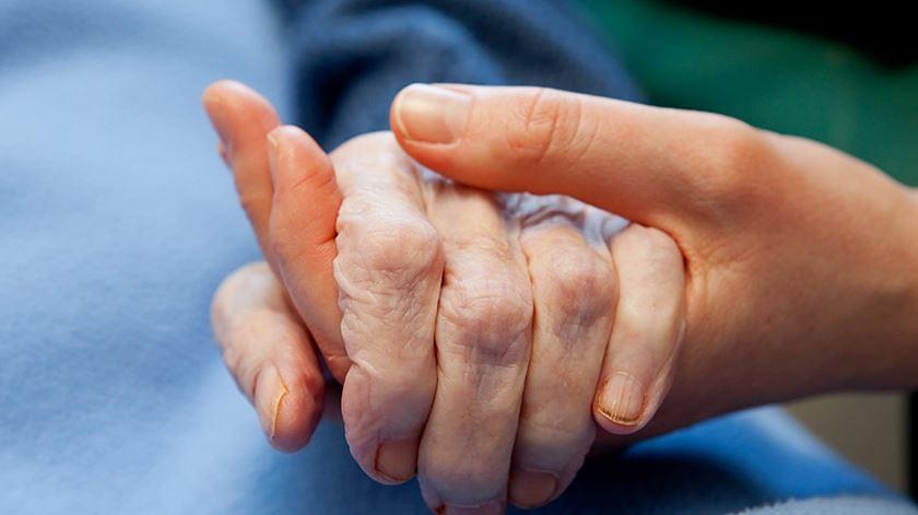 Debate sobre a eutanásia foi lançado em Portugal por manifesto. Foto: DR