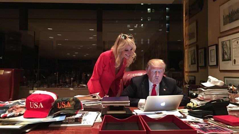 O @realDonaldTrump que tem posto o mundo em sobressalto