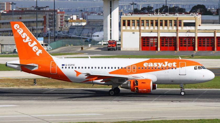 """Greve dos motoristas. Abastecimento do aeroporto de Lisboa decorre com """"maior regularidade"""""""