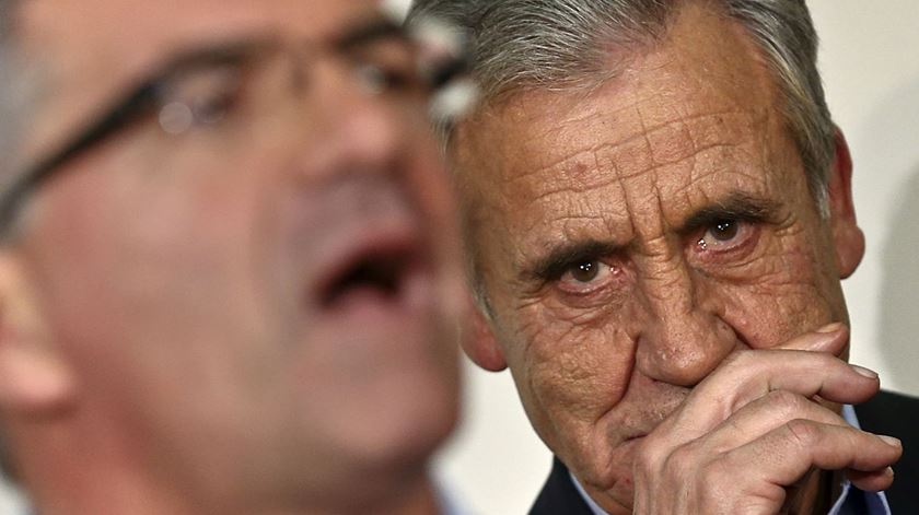 Jerónimo de Sousa recusa populismo