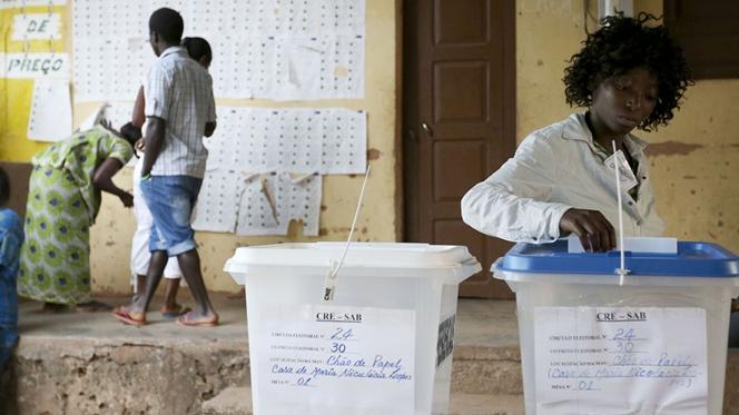 PAIGC ganha legislativas na Guiné-Bissau. Presidenciais vão a segunda volta