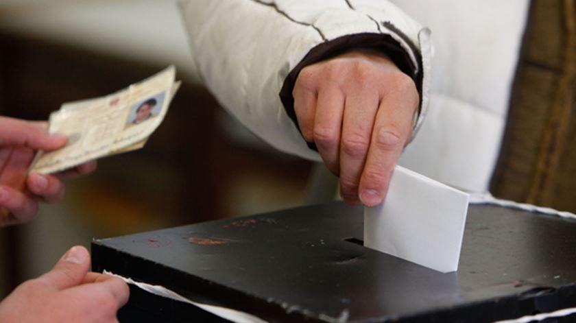 Mais de 15.700 eleitores inscreveram-se num só dia para voto antecipado