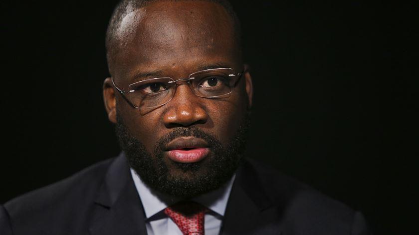 """Embaixador sobre prisão de activistas: """"99% da população angolana não se interessa"""""""