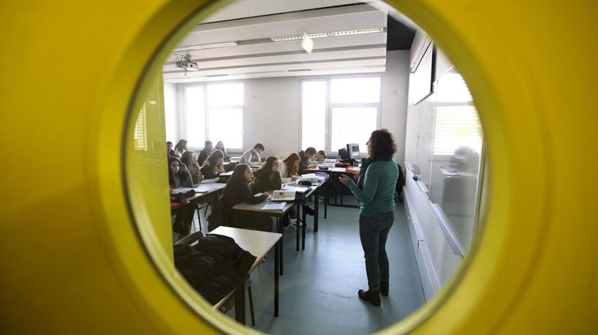 Aulas de Português vão poder ser dadas por professores de línguas estrangeiras