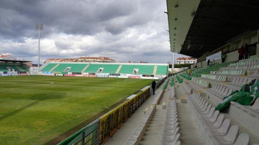 Tondela e Portimonense encerram jornada à procura da primeira vitória