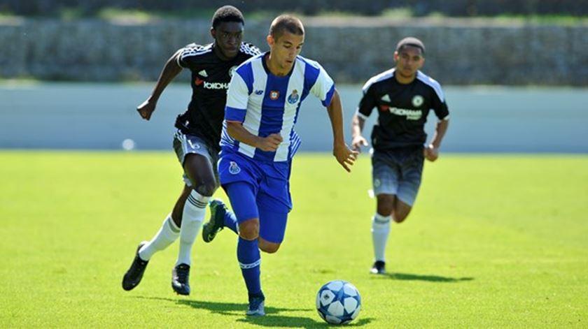 Fernando Fonseca é lateral-direito da equipa B. Foto: fcporto.pt