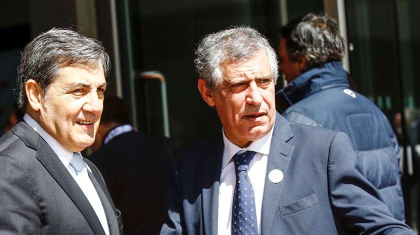 Fernando Gomes e Fernando Santos (ainda) em sintonia. Foto: FPF