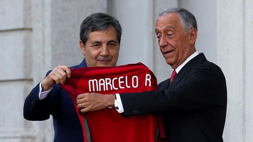 """Chefe de Estado satisfeito com apuramento para os """"oitavos"""" do Europeu. Foto: José Sena Goulão/Lusa"""