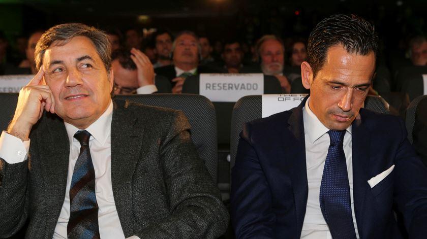 A federação presidida por Fernando Gomes poderá ficar com os poderes do organismo liderada por Pedro Proença. Foto: Miguel A. Lopes/Lusa