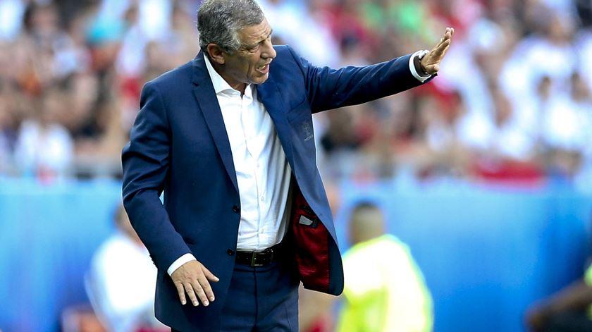 Fernando Santos analisa empate com a Hungria. Foto: EPA
