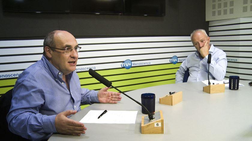 """Santana e Vitorino. """"Rádios vão resistir melhor que as televisões na nova agenda digital"""""""