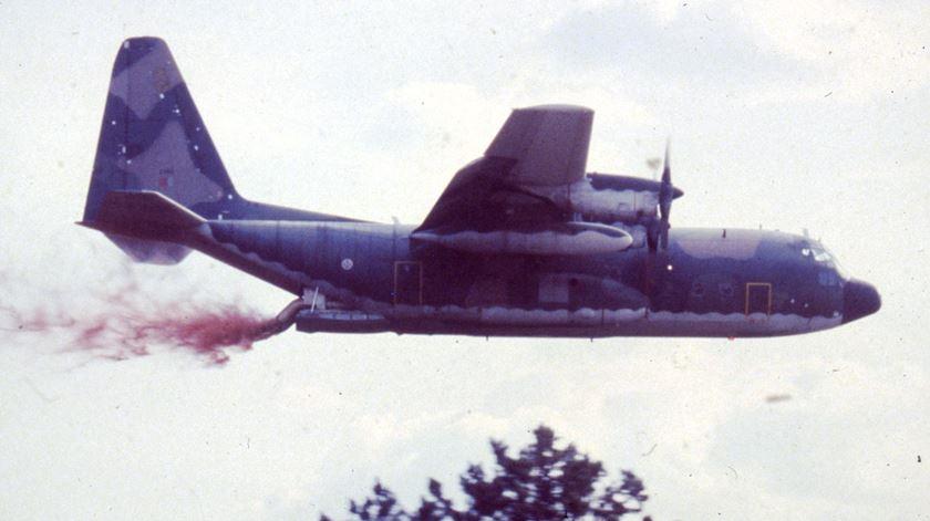 Força Aérea combate aos incêndios. Foto: Força Aérea (arquivo)