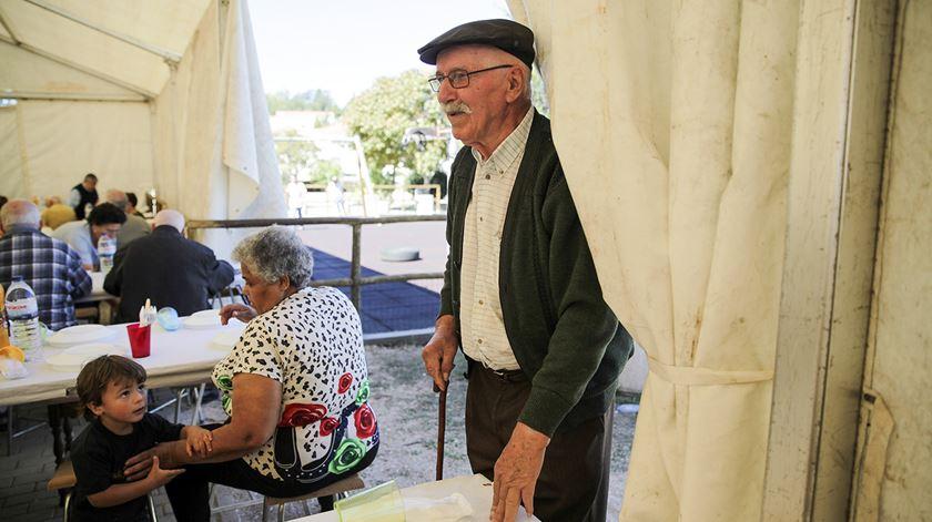 Resultado de imagem para Fechado aumento de dez euros para pensões mais baixas