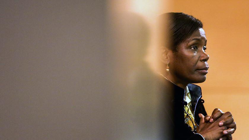 Ministra encerra polémica sobre alterações no Conselho Superior do MP