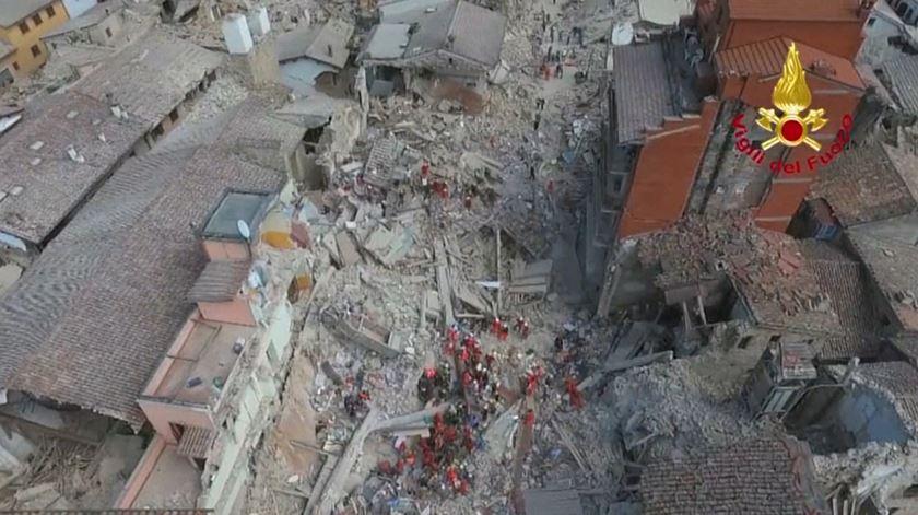 Amatrice. Sismo arrasa cidade histórica