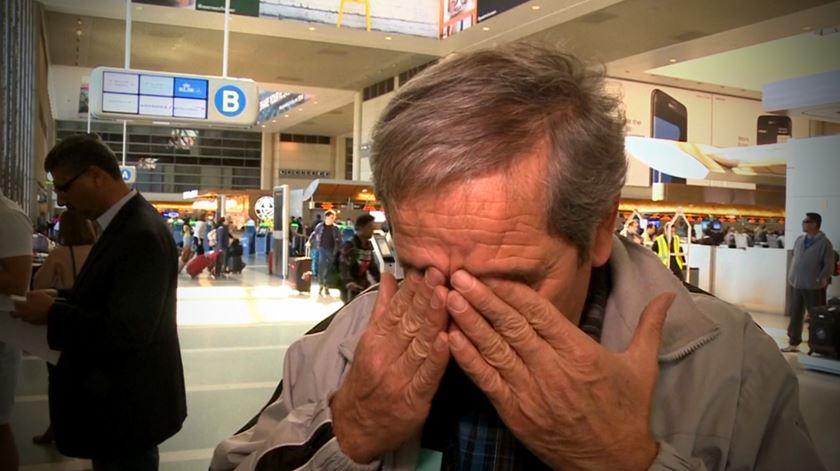 Lei anti-imigração causa desespero nos aeroportos dos EUA