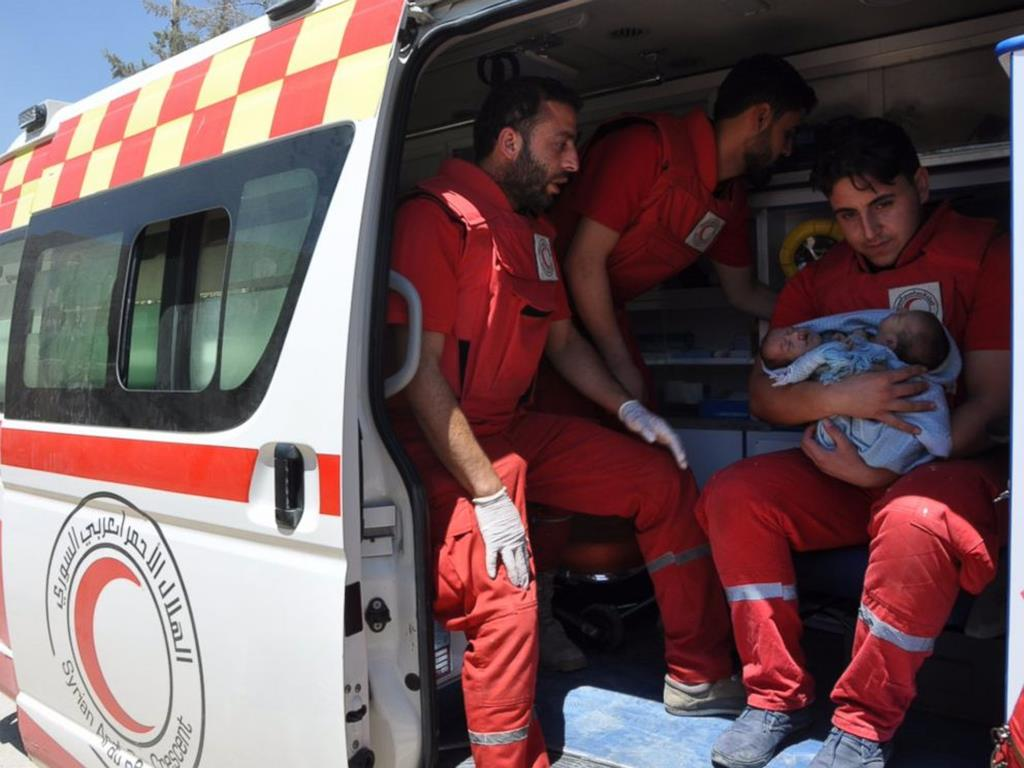 Gemeos Siameses Sirios Morrem A Espera De Transferencia Para O Estrangeiro Renascenca