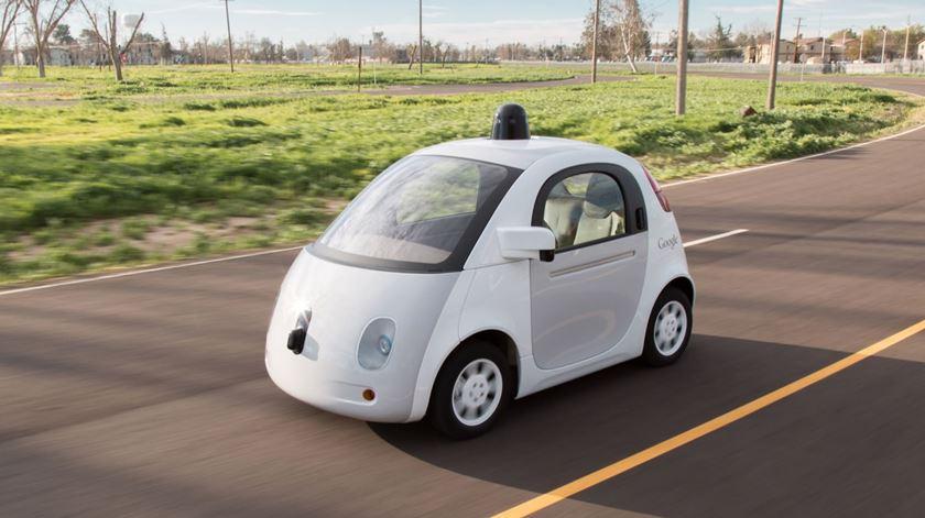 Google acusa a Uber de ter roubado os planos para carros que conduzem sozinhos
