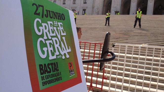 226 manifestantes detidos por obstrução de via rodoviária