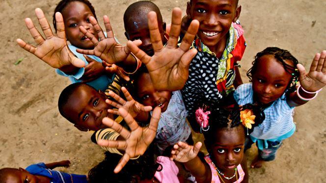 A associação Harambee ajuda África a ajudar África